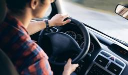 Choosing a good driving instructor and basic tips for learner drivers
